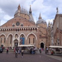 La Basílica de San Antonio de Padova (Italy), un poco de Historia.