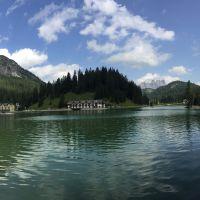 Lago Misurina (Montañas Dolomiti, Belluno, italia). Verano 2017.