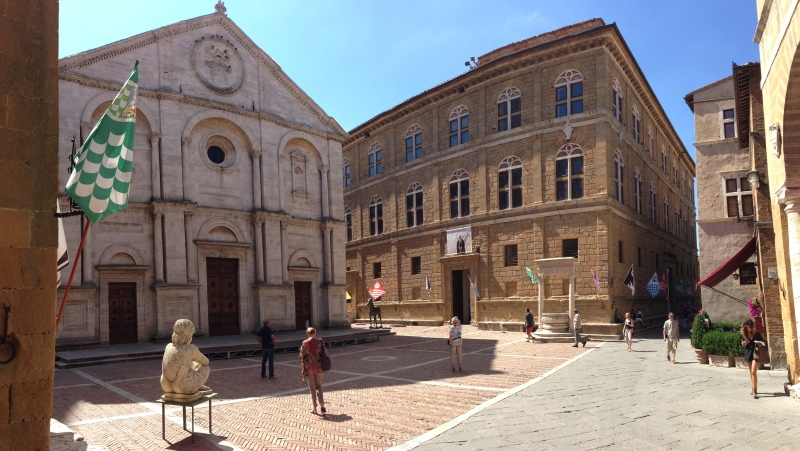 Pienza_Piazza_Pio_II