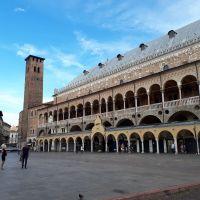 La torre degli Anziani en Padova, Italia.
