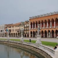 Loggia Amulea en Padova. Un ejemplo del Neo Gótico  Veneziano.