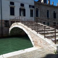 Puentes curiosos en Venecia.