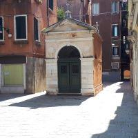La chiesetta della Madonna. Campo Santa Giustina, Venezia.