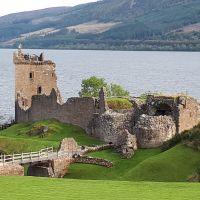 El castillo de Urquhart. Lago Ness, Escocia.
