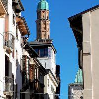 Detalles de La Torre Bissara. Vicenza, Italia.