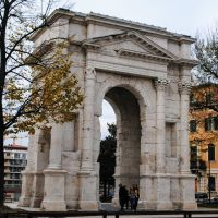 La Verona Romana. El Arco dei Gavi.
